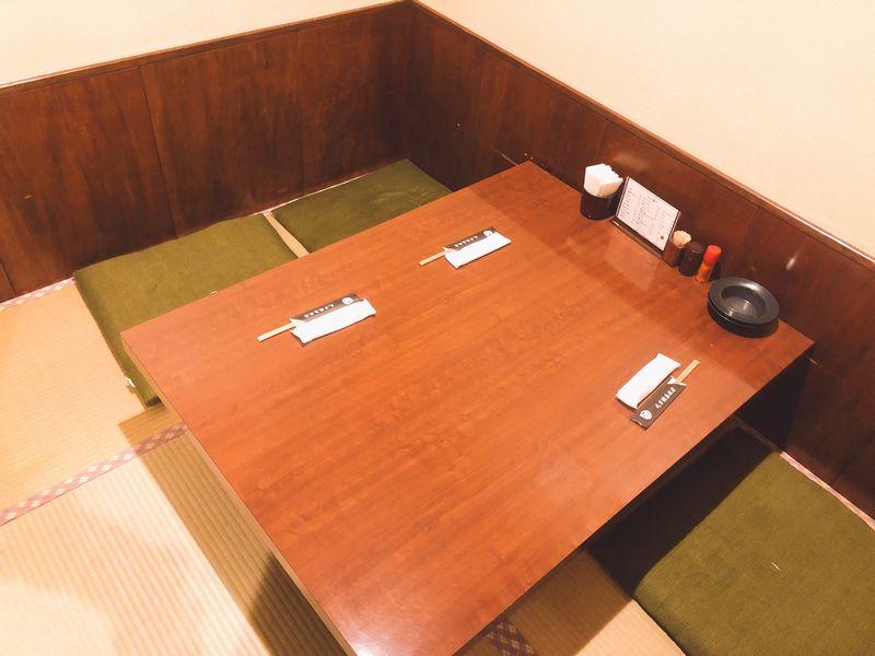 丸万焼鳥本店2階座敷(個室)