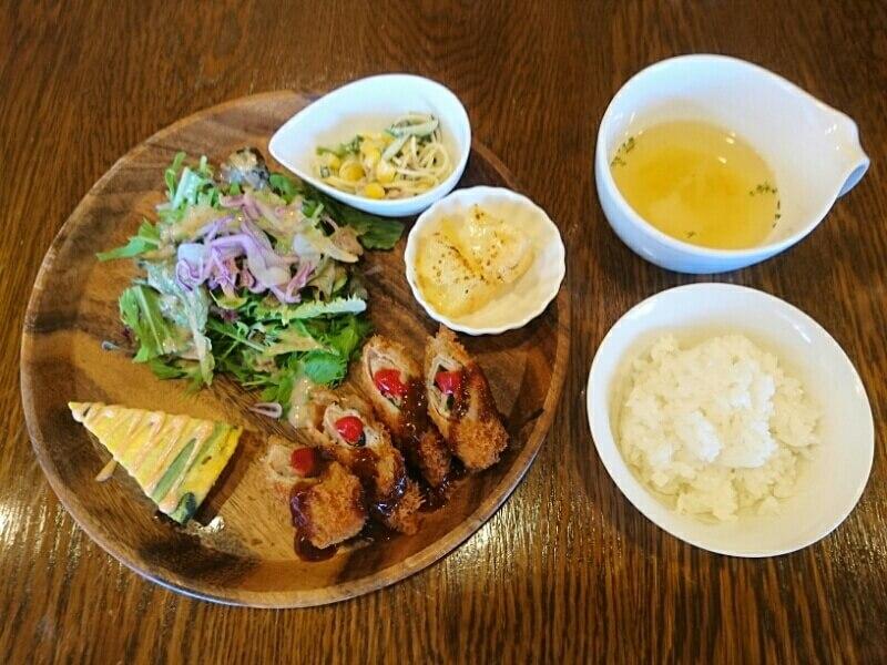 かふぇ&いざかや g(ぐらむ) 10食限定!日替わりプレートランチ