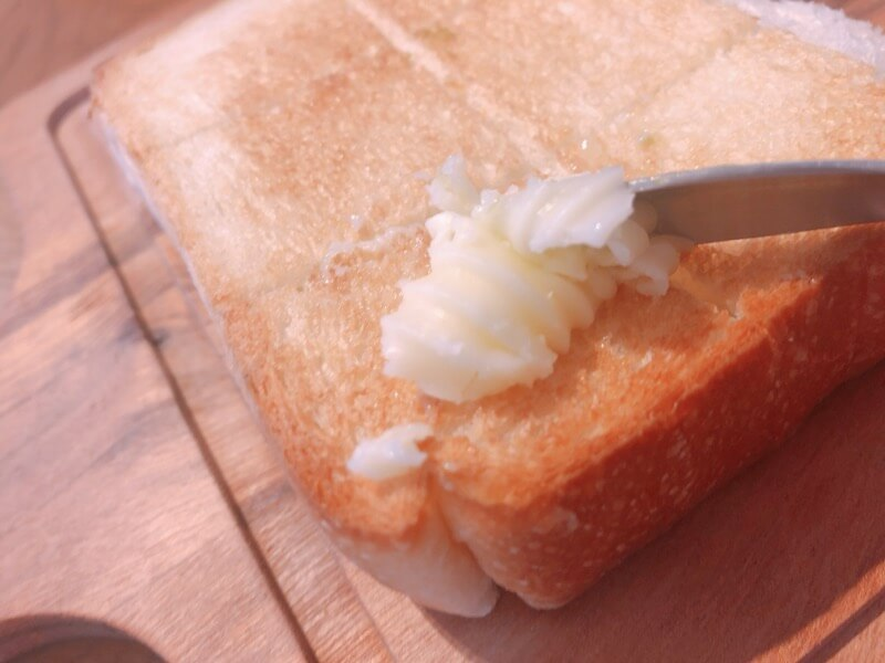 嵜本ベーカリーカフェ 北海道バター