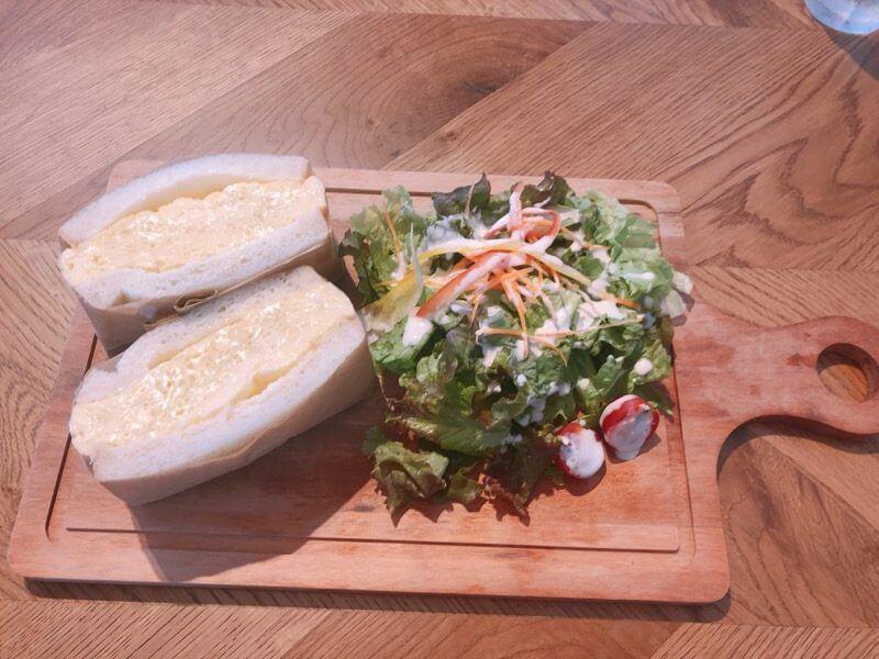 嵜本ベーカリーカフェ 厚切りたまごの極美サンドイッチ